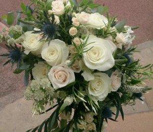 timeless wedding bouquet
